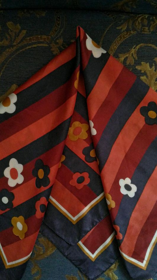 Винтажная одежда и аксессуары. Ярмарка Мастеров - ручная работа. Купить Платок винтаж европа. Handmade. Винтаж, платок, винтажные аксессуары