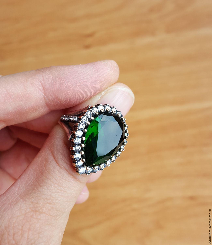Дизайн кольца с большим камнем фото