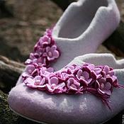 """Обувь ручной работы. Ярмарка Мастеров - ручная работа Тапочки женские валяные """"Сакура"""". Handmade."""