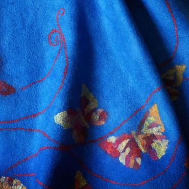 """Одежда ручной работы. Ярмарка Мастеров - ручная работа """"Порхающие в синеве"""" юбка валяная. Handmade."""