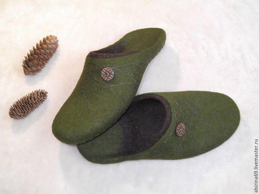 """Обувь ручной работы. Ярмарка Мастеров - ручная работа. Купить Тапочки валяные """"Еловые ветки"""". Handmade. Валяные тапочки"""