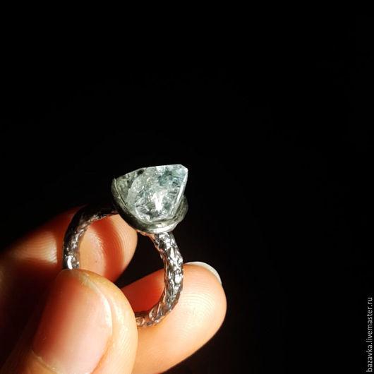 """Кольца ручной работы. Ярмарка Мастеров - ручная работа. Купить Серебряное кольцо с топазом  """"Льдинка"""". Handmade. Из серебра, кольцо"""
