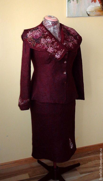 """Пиджаки, жакеты ручной работы. Ярмарка Мастеров - ручная работа. Купить Валяный пиджак """" Бордовый """"  винный пурпур кардиган кофта. Handmade."""