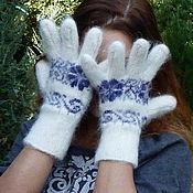 Перчатки женские из козьего пуха с орнаментом белые