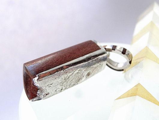 Украшения для мужчин, ручной работы. Ярмарка Мастеров - ручная работа. Купить Мужской кулон из серебра и дерева. Handmade. Коричневый