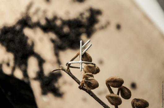 Кольца ручной работы. Ярмарка Мастеров - ручная работа. Купить Серебряное кольцо руна - руническое кольцо. Handmade. Бежевый, серебряный