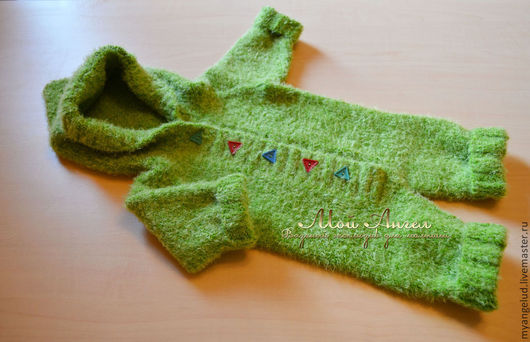 """Одежда ручной работы. Ярмарка Мастеров - ручная работа. Купить Комбинезон """"Лесной гномик"""". Handmade. Зеленый, комбинезон вязаный, на пуговицах"""