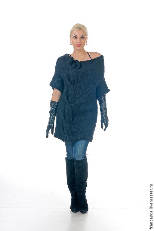 Платье свитер вязаное черное из альпаки - в тренде зимней моды. Авторская модель. Выполнена в единственном экземпляре. Модель: Anna Nox Фото: Serge Grek, grekfoto@gmail.com