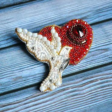 """Украшения ручной работы. Ярмарка Мастеров - ручная работа Брошь """"Любовь и голуби"""". Handmade."""
