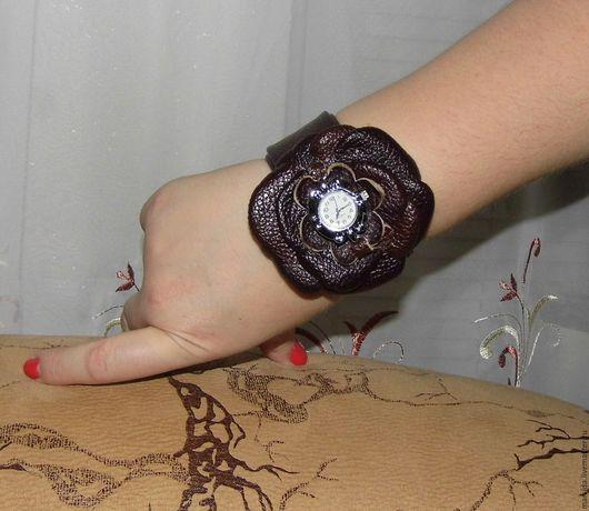 """Браслеты ручной работы. Ярмарка Мастеров - ручная работа. Купить часы-браслет """"Наденька"""". Handmade. Бордовый, украшения ручной работы"""