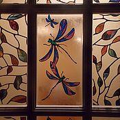 Для дома и интерьера ручной работы. Ярмарка Мастеров - ручная работа Стрекозы и кувшинки. Витражный рисунок на двери. Handmade.