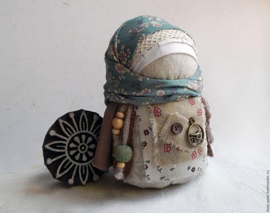 Народные куклы ручной работы. Ярмарка Мастеров - ручная работа. Купить Девочка с  птицей. Handmade. Бежевый, народная традиция