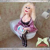 Куклы и игрушки ручной работы. Ярмарка Мастеров - ручная работа Блондинка с туалетной бумагой (интерьерная кукла). Handmade.
