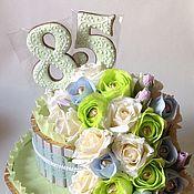 """Цветы и флористика ручной работы. Ярмарка Мастеров - ручная работа Тортик из конфет """"Большой"""". Handmade."""