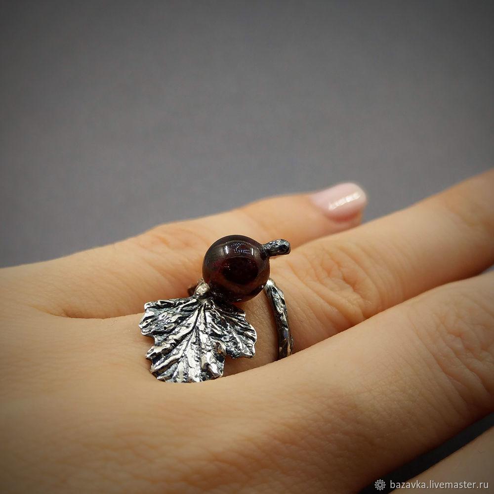 Ярмарка Мастеров - ручная работа. Купить Серебряное кольцо с гранатом   ... a6b5520b9e8