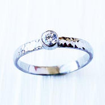 Украшения ручной работы. Ярмарка Мастеров - ручная работа Кольцо из титана с камнем, простое кольцо с камнем, кольцо титан. Handmade.