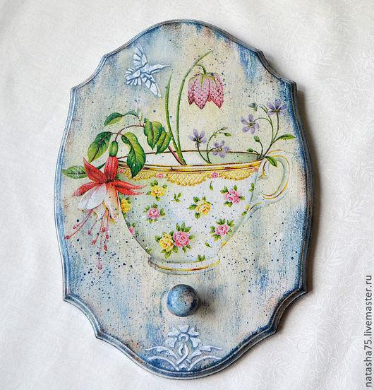 """Кухня ручной работы. Ярмарка Мастеров - ручная работа. Купить Вешалка """"Фарфоровые чашки"""". Handmade. Голубой, бело-голубой, романтичный"""