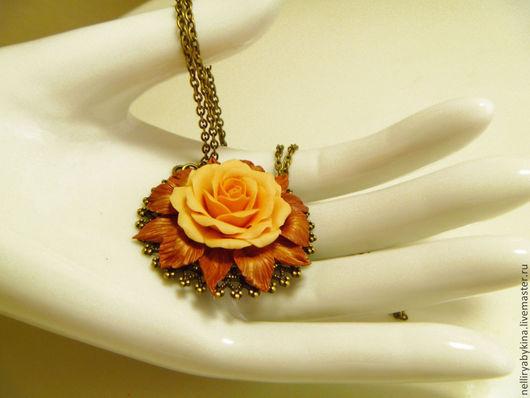 Кулоны, подвески ручной работы. Ярмарка Мастеров - ручная работа. Купить кулон роза из полимерной глины. Handmade. украшение на шею