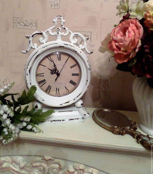 """Часы для дома ручной работы. Ярмарка Мастеров - ручная работа. Купить Часы настольные """" Парижская жизнь"""". Handmade. Белый"""