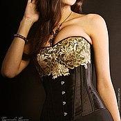 Одежда ручной работы. Ярмарка Мастеров - ручная работа Корсет из атласа с золотым кружевом.. Handmade.