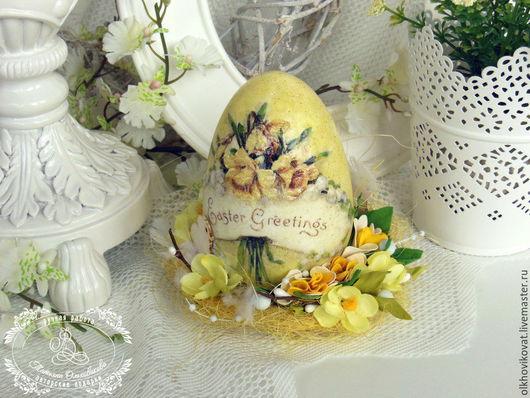 Пасхальное яйцо `Easter Greeting`, декупаж, сложный фон, объемные элементы, различный декор. Татьяна Ольховикова. Ярмарка Мастеров.