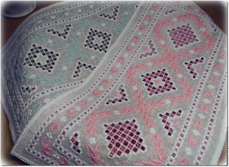 Декоративная вышитая салфетка с ручной вышивкой с оригинальным узором весенние цветы изящный интерьер украшение стола столовое белье для сервировки стола оригинальный изысканый подарок любимой женщине