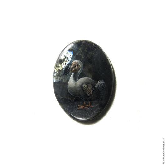 Роспись по камню ручной работы. Ярмарка Мастеров - ручная работа. Купить Птица Додо на черном спектролите (лабрадоре). Handmade. Черный