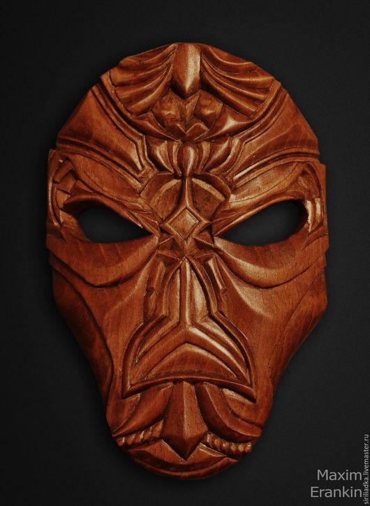 Интерьерная маска по мотивам мира The Elder Scrolls. выполнена в единичном экземпляре , возможно изготовление под заказ из различных пород дерева под различную покраску