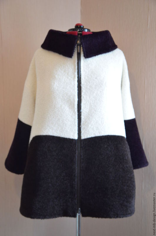 Модное полупальто Оверсайз ручной работы. Тёплое демисезонное пальто из итальянской ткани Sury alpaca. Отличается особой мягкостью и шелковистым блеском.