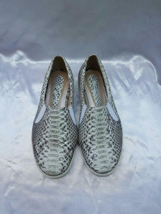 Обувь ручной работы. Ярмарка Мастеров - ручная работа. Купить Слипоны из натуральной кожи питона. Handmade. Слипоны из кожи питона