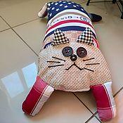 """Игрушки ручной работы. Ярмарка Мастеров - ручная работа Игрушка подушка для дивана """"Кот Гуччик"""". Handmade."""