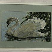 """Картины и панно ручной работы. Ярмарка Мастеров - ручная работа Картина вышитая """"Лебёдушка"""". Handmade."""