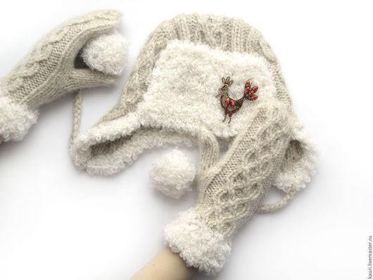 Шапки ручной работы. Заказать Шапка ушанка варежки - Зимние каникулы - комплект вязаный из альпаки. Лена Каури (kauri). Ярмарка Мастеров.