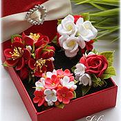 Украшения ручной работы. Ярмарка Мастеров - ручная работа Мини-броши с цветами в красно-белых тонах. Handmade.