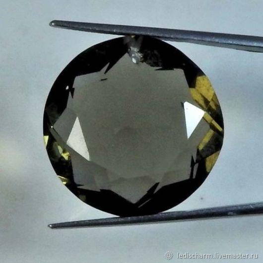Smoky quartz(lab) with the cut out pendant 22 X 22 X 11.5 mm, Pendants, Samara,  Фото №1