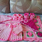 Работы для детей, ручной работы. Ярмарка Мастеров - ручная работа Вязаный комплект для новорожденной девочки. Handmade.
