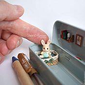 Канцелярские товары ручной работы. Ярмарка Мастеров - ручная работа Домик-пенал для зайки. Handmade.