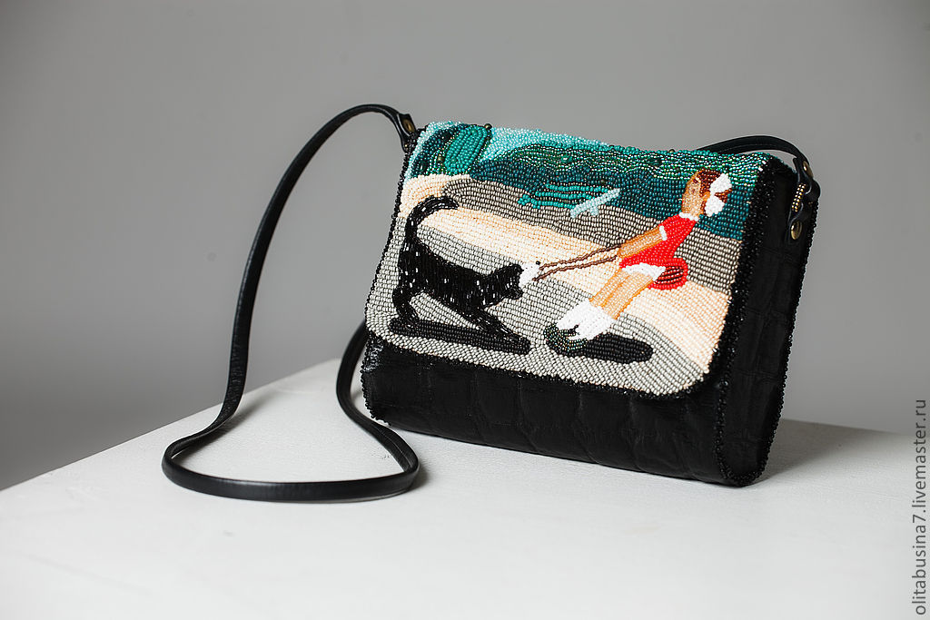 Ручная вышивка сумки