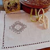 Для дома и интерьера ручной работы. Ярмарка Мастеров - ручная работа Дорожка с вышивкой. Белый лен, мережка. Handmade.
