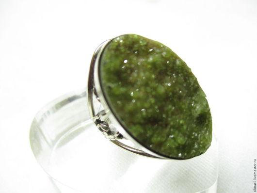 кольцо `Везувиан` цена 2500 везувиан натуральный щетка кристпллов