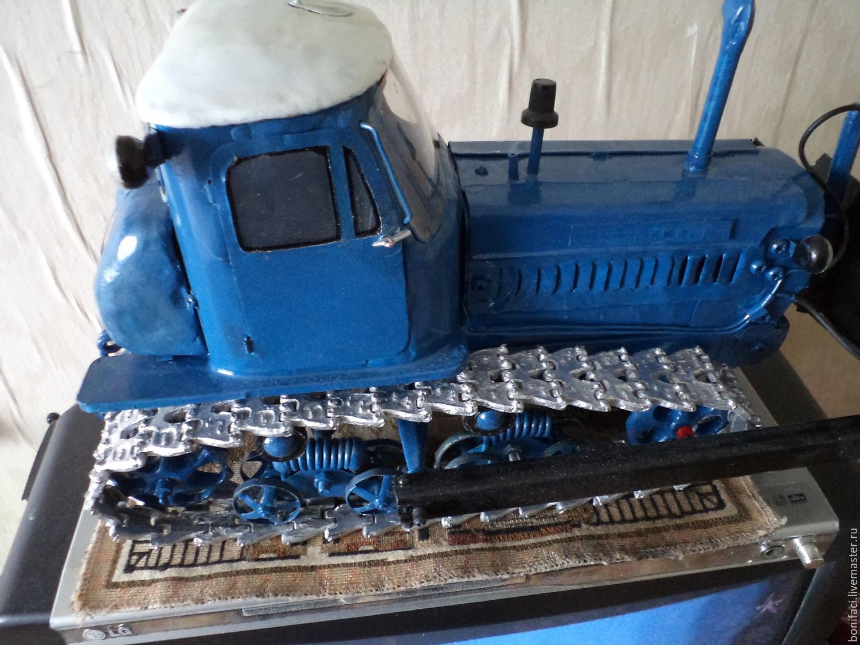 Самодельный трактор.Процесс сборки.Железо на капот  104.