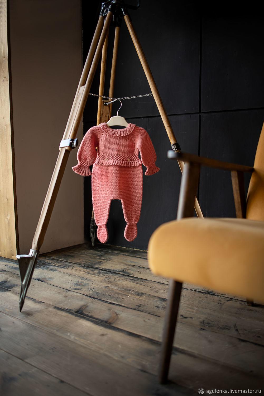 Стильный комбинезон для новорожденного с отделкой рюшами и узором, Комплекты одежды для малышей, Петрозаводск,  Фото №1