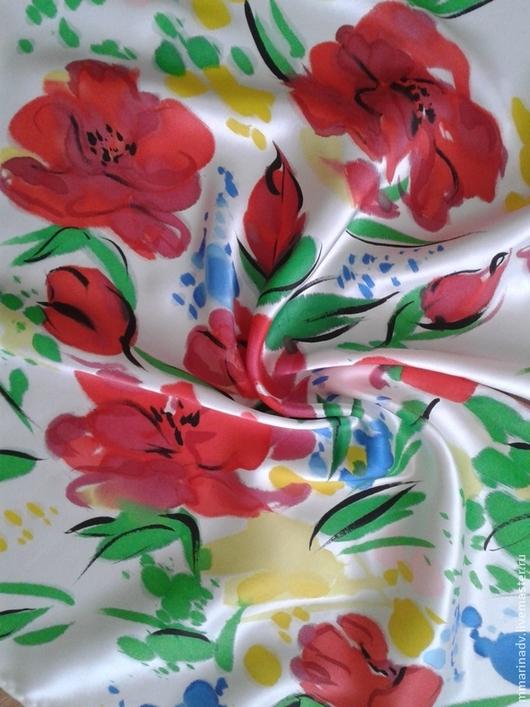 Батик платок `Маков след`, шёлк атлас, 60-60 см. свободная роспись. Авторский батик Марины Маховской