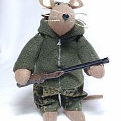 Мягкие игрушки ручной работы. Ярмарка Мастеров - ручная работа Мягкие игрушки: Мышь охотник. Handmade.
