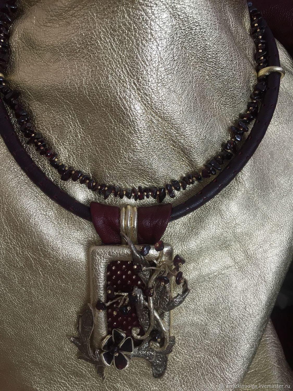 Necklace made of brass and natural pomegranate, Necklace, Krasnoyarsk,  Фото №1