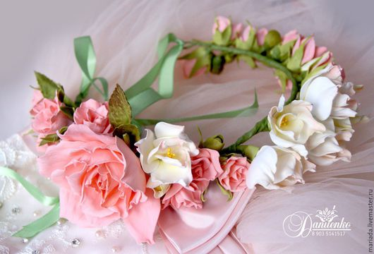 """Диадемы, обручи ручной работы. Ярмарка Мастеров - ручная работа. Купить Веночек для волос """"Фрезия и розы"""". Handmade. Венок из цветов"""