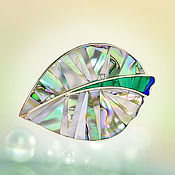 Украшения handmade. Livemaster - original item Brooch Leaf. Unique brooch with mother-of-pearl and malachite.. Handmade.