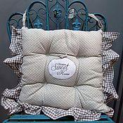 """Для дома и интерьера ручной работы. Ярмарка Мастеров - ручная работа Подушка на стул """"Уютный дом"""". Handmade."""