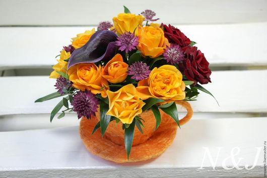 Букеты ручной работы. Ярмарка Мастеров - ручная работа. Купить Чашечка живых цветов. Handmade. Комбинированный, подарок любимой