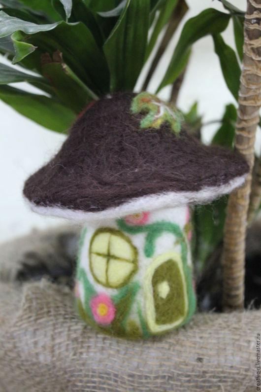 Кукольный дом ручной работы. Ярмарка Мастеров - ручная работа. Купить Домик-грибок. Handmade. Комбинированный, домик для мышки